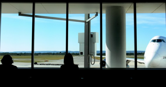waiting-at-the-airport-1240312-1278x666